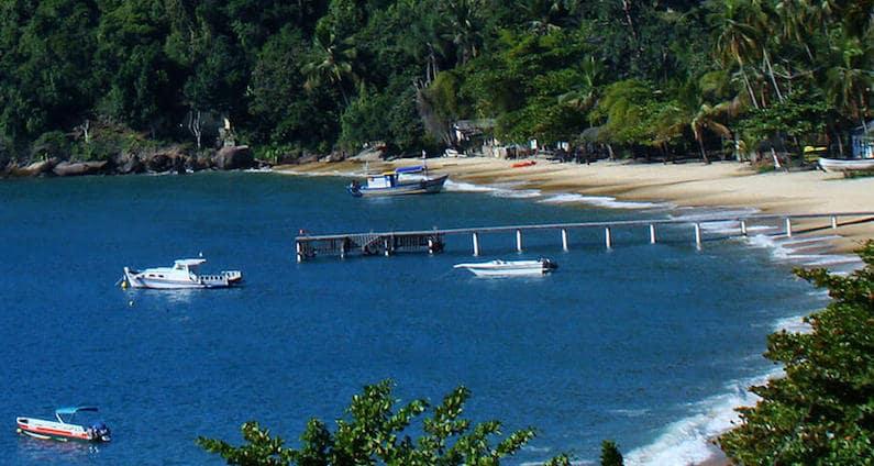 Onde Ficar Em Ilha Grande: Enseada de Araçatiba