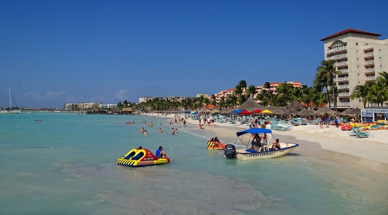 Onde Ficar em Aruba: Palm Beach