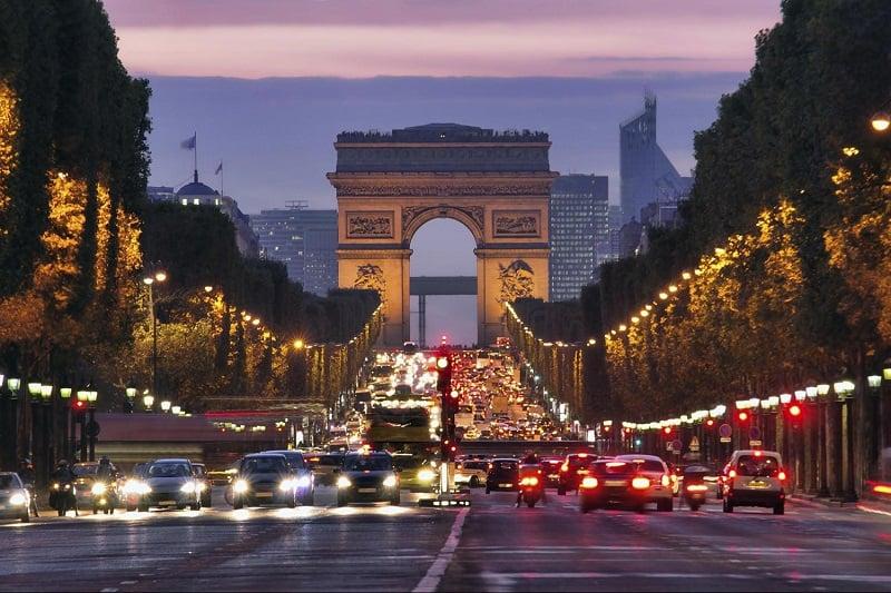 Onde Ficar em Paris: Champs-Élysées
