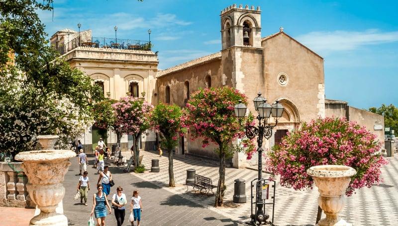 Onde Ficar em Taormina na Itália: Centro